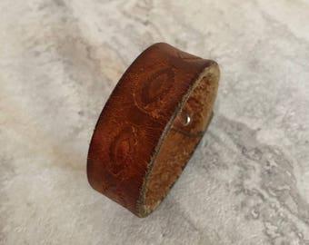 Handmade Essentials Brown Leather Bracelet (7.25 inches)