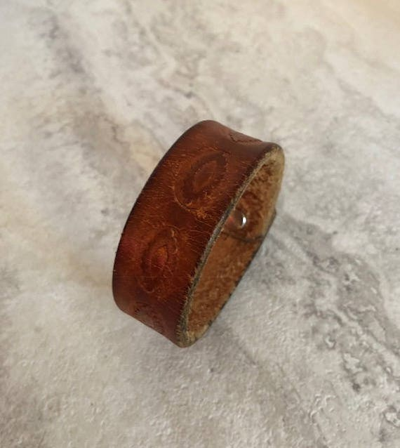 Handmade Essentials Brown Leather Bracelet (7.25 inches)