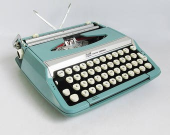 Mid-Century Mod Turquoise Blue Smith Corona Corsair Deluxe Portable Typewriter