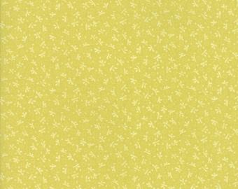 Fig Tree Fabric - Ella and Ollie Fabric Yardage - Moda Quilt Fabric - Apple - Green Tonal Fabric By The 1/2 Yard -