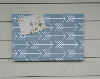 Arrow upholstered pinboard, Cotton fabric in grey with white arrows, hang vertically or horizontally, modern loft decor, office decor,