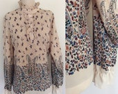 1970's Paisley Floral Polyester Top Beige Brown Vintage Ruffle Trim Top Plus Size Large XL by Maeberry Vintage