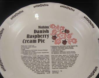 Danish Raspberry Cream Pie Recipe Pie Dish by Watkins 1983