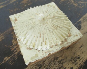 Vintage Architectural Salvage Carved Block - Plinth Block - Sunburst Flower Design - Cottage Decor - Farmhouse Decor - Shabby Decor