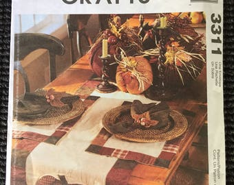 McCall's 3311 Fall Decoration Sewing Pattern Pumpkins Table Runner Placemat UNCUT