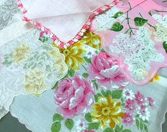 Lot of 4 Hankies Pink White Theme Roses Yellow Daisies Hydrangea Ghost Print Cotton Linen Scalloped Edge Lace Excellent Condition