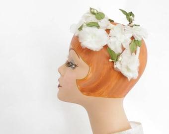 White flowered hat, vintage 1950s 1960s halfhat