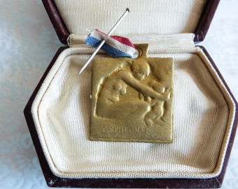 WW1 French Antique Edwardian Historical Charity Orphans Medal Designed by Lalique Orphelinat Des Armees