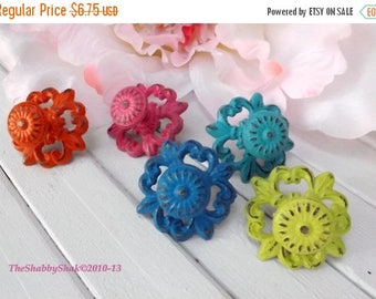 ON SALE Shabby Chic Cast Iron Knob /Dresser Knob / Drawer Knob / Cabinet Pull / Decorative Knob