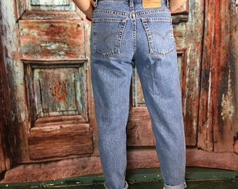 Levi's 550 High Waisted Jeans