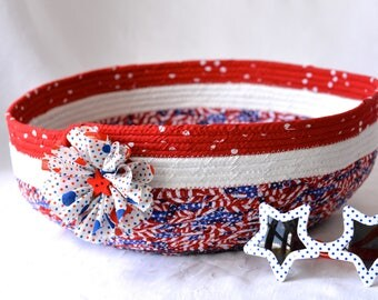 Cookout BBQ Basket, Handmade Red White and Blue Party Bowl, Chip Bowl, Picnic Fabric Basket, Gift Basket, Patriotic Decoration