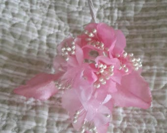 PINK vintage millinery cloth flowers satin white pearl stamens 9 stems