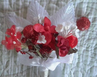 mini flowers BOUQUET red vintage millinery cloth flowers 12 stems  tussie mussie