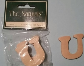 Wood Alphabet Letter 'U', 1-1/2 inches, Package of 3