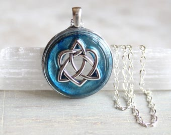 ice blue celtic sister knot necklace, celtic heart, triquetra necklace, anniversary gift, unique gift, irish jewelry, celtic jewelry