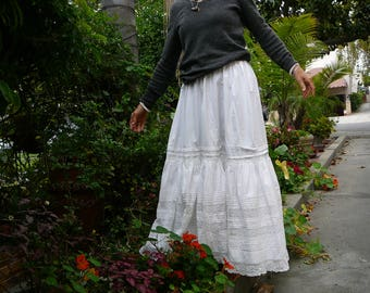 """vintage skirt cotton lace full length pin tuck pleating detailing waist 28"""" summer romance or petticoat full skirt with lining"""