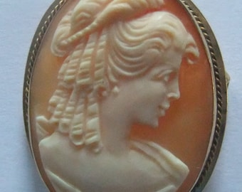 Donadio Vintage Gold Cameo Brooch and Pendant