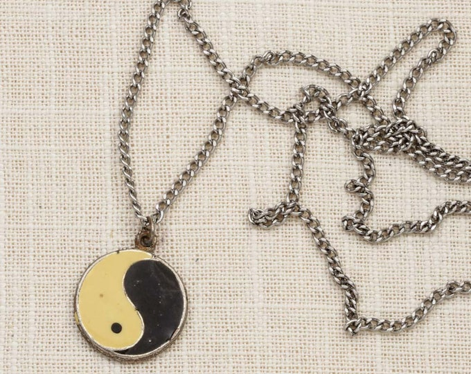Yin Yang Necklace Vintage Silver Black White 1990s Long Chain Costume Jewelry 7L
