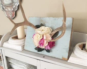 Vintage Shabby Cottage Floral Antlers on Reclaimed Wood