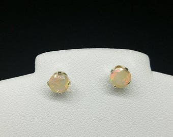 fire opal earrings, fire opal studs, fire opal jewelry, round fire opal earrings, round fire opal studs, 5mm sterling  .925 silver