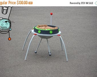 Back To School Sale UFO Alien Cat Spaceship Cat toy bed cat furniture pet small animal dog spaceship home decor furniture ufo spacecraft