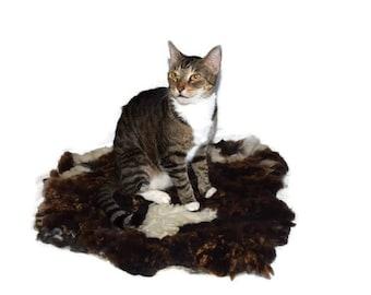 Cruelty Free, Cat Bed,, Felted Wool, Fleece Mat, Pet Bed, Jacob , Ethical Sheepskin, Dog Mat, Sheep Friendly, Virgin Fleece, Rustic Decor