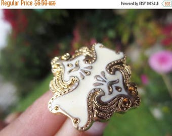 30% OFF SALE Gold Cream Buttons Shank Arabesque Set of 18 Ornate DIY Sewing