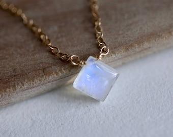 Rainbow Moonstone Necklace / Tiny Gemstone Necklace / Minimal Birthstone Necklace / June Birthstone Necklace / Silver or Gold Birthday Gift