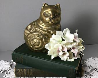 Vintage Brass Cat, Sitting Brass Cat, Detailed Brass Cat, Brass Kitten