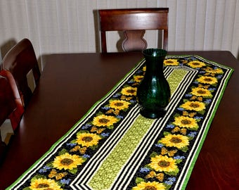 Table Runner - Quilted - Sunflower and Butterflies Table Runner