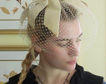 Vintage Fascinator Hat with Light Brown Velvet Bow / Beige Nude Netting / Wedding Fascinaior
