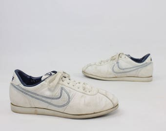 Vintage 80s NIKE Bowling Shoes White Leather Blue Tag Swoosh 1980s Men's Size 9 Sneakers Athletic Shoes