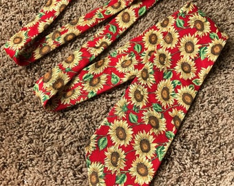 Vintage Mens 90s sunflower necktie - American Eagle Outfitters