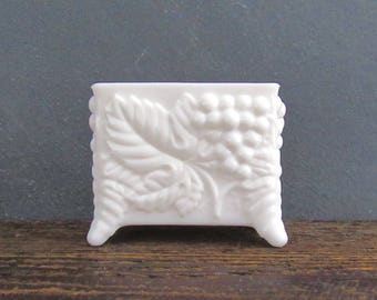 Imperial Glass Milk Glass Card Holder, Paneled Grape Pattern, Cigarette Holder, Toothpick Holder