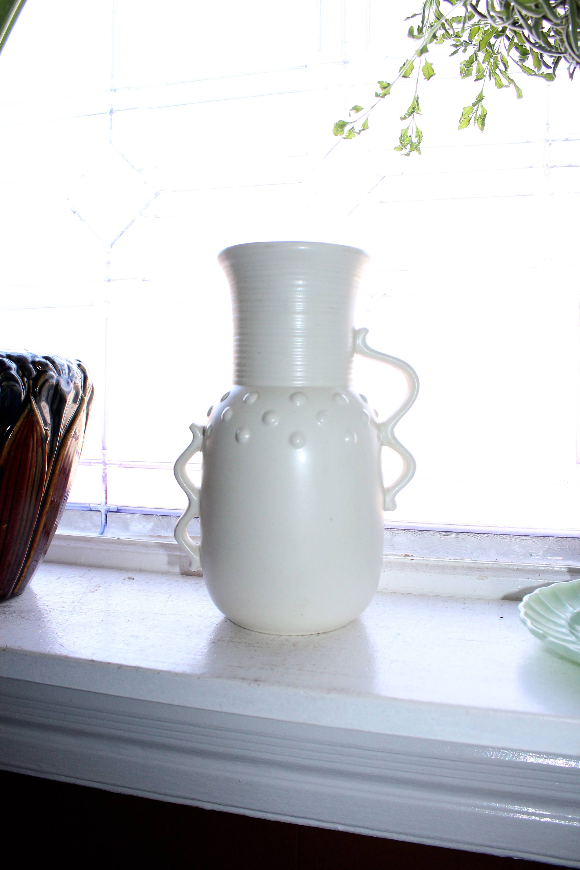 Vintage mid century white vase red wing pottery 1209 art deco reviewsmspy