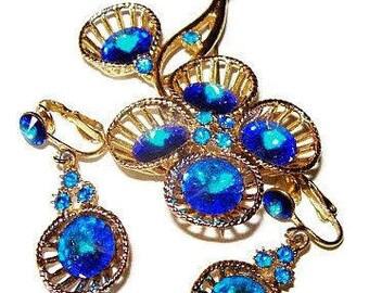Blue Rivoli Brooch Earring Demi Set Heliotrope Rhinestones Gold Wire Metal Vintage