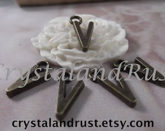 "5 Letter ""V"" Antique Bronze Charms --- Antique Bronze Color"