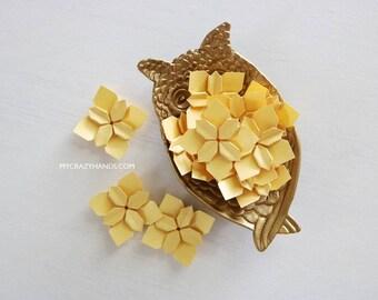 30+ golden wedding petals | origami flower | bridal shower decors | paper flowers | golden wedding flowers  -gold metallic