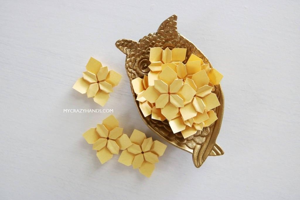 30 golden wedding petals origami flower bridal shower decors 30 golden wedding petals origami flower bridal shower decors paper flowers mightylinksfo