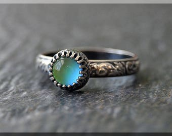 Sterling Silver Mood Ring, Simple Stacking Ring,  Stackable Color Changing Ring, Mood Change Stacking ring, Psychedelic Mood Ring