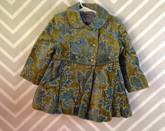 vintage little girls double breasted winter dress coat / velvety upholstery type fabric / union tag / size 3-4 years