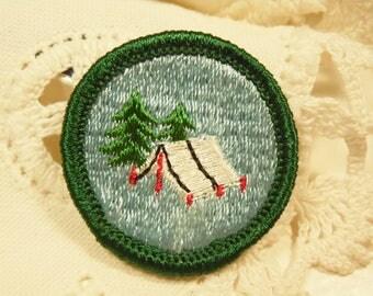 1960s Junior Girl Scout Badge - Adventurer