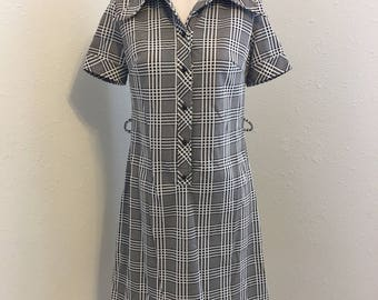 brown and white plaid house dress, polyester dress,  Vintage Clothing