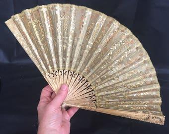 Regency / early victorian gold tissue / lamé fan