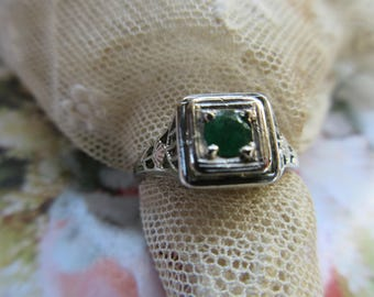 Vintage Deco 20s 30s Emerald Ring - 14K White Gold Filigree Deco Ring - Deco Fine Jewelry - Alternative Engagement Ring - Estate Jewelry