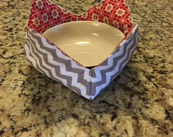 Bowl cozy, reversible bowl cozy, bowl pot holder, microwaveable bowl pot holder