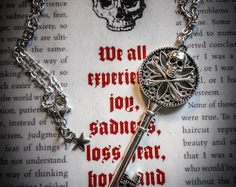 "Silver steampunk necklace key ""Pirate Skull"""