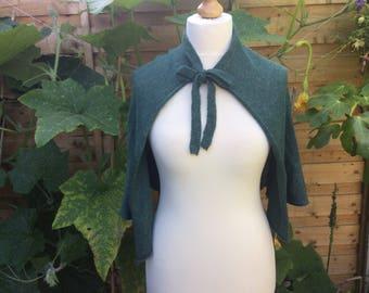 Green Cape, Green Bridal Capelet, Bridal Dress Cover up,Outlander cape,Vintage Wedding Cape, Wedding Bolero Shrug, Bridal Shawl