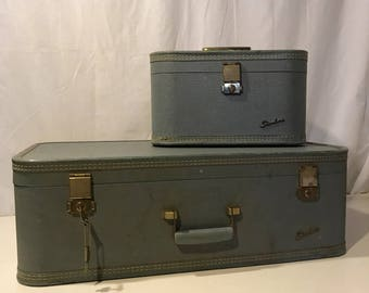 2 Piece Set Baltimore Starline Luggage WITH 3 KEYS. 1960s Vanity Train Case and Suitcase