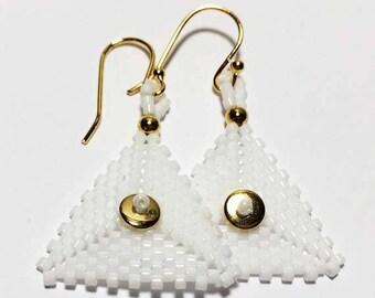 Peyote Bead Earrings Seed Bead Earrings White Gold Earrings Triangle Earrings Beadwork Earrings White Bead Earrings Beadwoven Earrings
